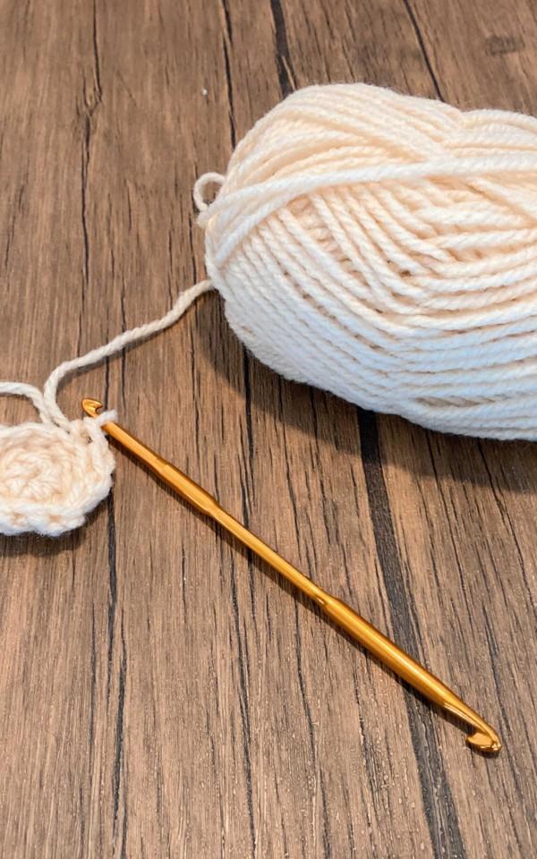アクリルたわしづくり毛糸
